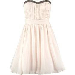Jaka sukienka na wesele? 6 praktycznych porad