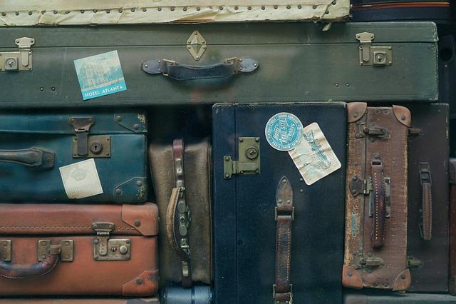 Kolorowe walizki